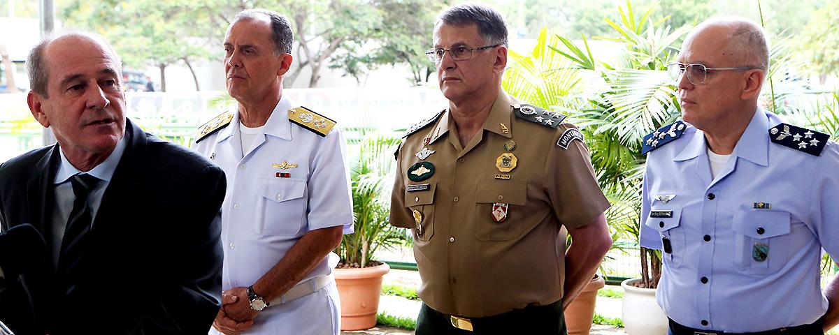 Forças Armadas não são milícia presidencial